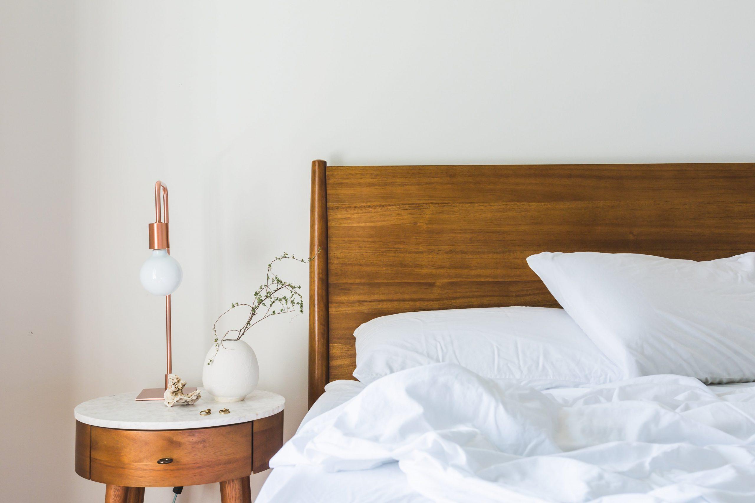 nachtkast bed